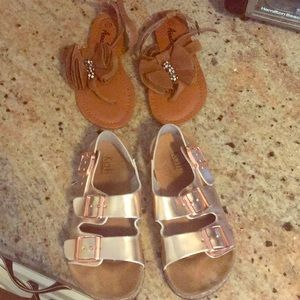 2 pairs of little girls beautiful sandals size 11